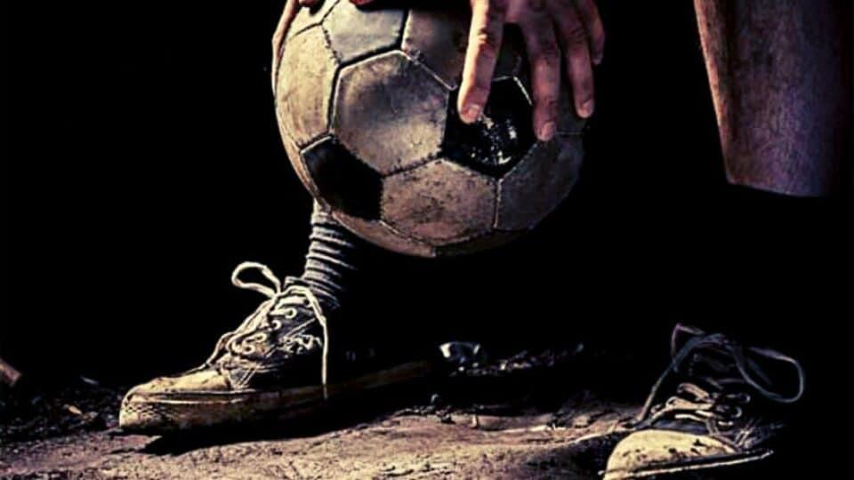 Ποδόσφαιρο αλάνας: Όσοι το πρόλαβαν θυμούνται τους κανόνες του!