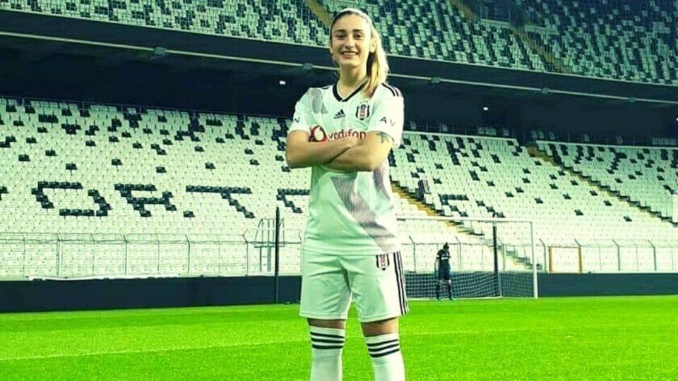 Ιωάννα Χαμαλίδου: Το ποδόσφαιρο είναι αγνός έρωτας χωρίς όρια!