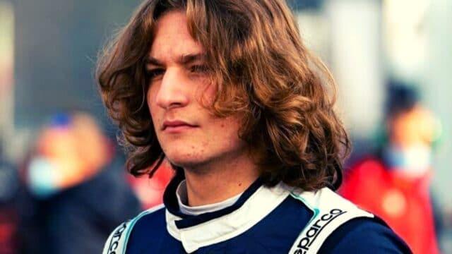 Είναι 16 ετών, έχει πρότυπο τον Χάμιλτον και τρέχει στην Formula 4! (vid)