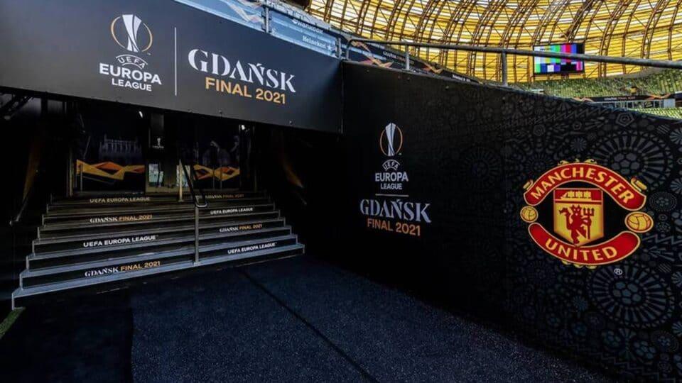 Χαμός στο Γκντανσκ πριν τον τελικό: Συμπλοκές και τραυματισμοί! (vid)