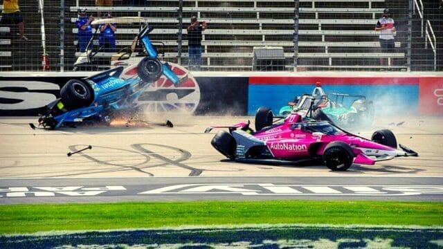 Απίστευτο ατύχημα με 7 αυτοκίνητα σε αγώνα Indycar στο Τέξας! (Vid)