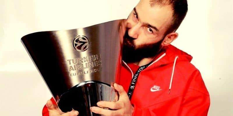 Βασίλης Σπανούλης : Το μεγάλο αφιέρωμα της EuroLeague για το μεγάλο αντίο! (Vid)