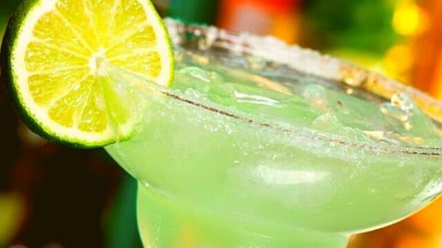 Cocktails & Bars: Margarita (Μαργαρίτα) all time classic για τους tequila lovers!