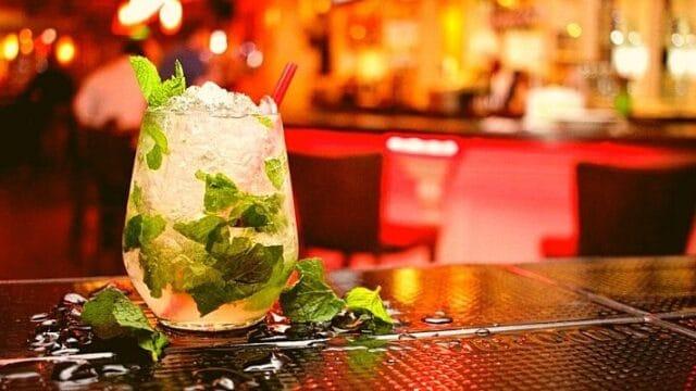 Cocktails & Bars: Καλοκαίρι χωρίς Mojito (Μοχίτο) γίνεται; Δεν γίνεται!