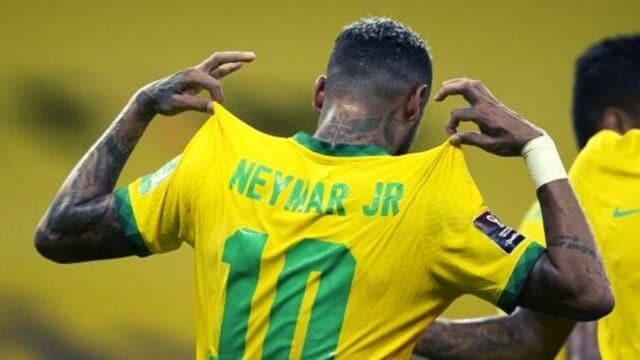 Πρώτη αήττητη και…ωραία η Βραζιλία! (vid)