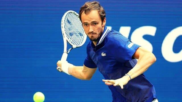 Έγραψε ιστορία ο Μεντβέντεφ! 3-0 τον Τζόκοβιτς στον τελικό του US Open!
