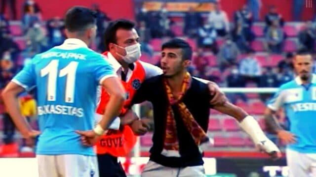 Τον πείραξε που τους παστέλωσε ο Μπακασέτας, και του έκανε πέσιμο μέσα στο γήπεδο! (Vids)