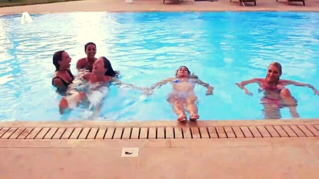 The Bachelor 2 Spoiler: Ώρα για συγχρονισμένη κολύμβηση, και οι μαγικές κινήσεις της Λένας! (Vids)